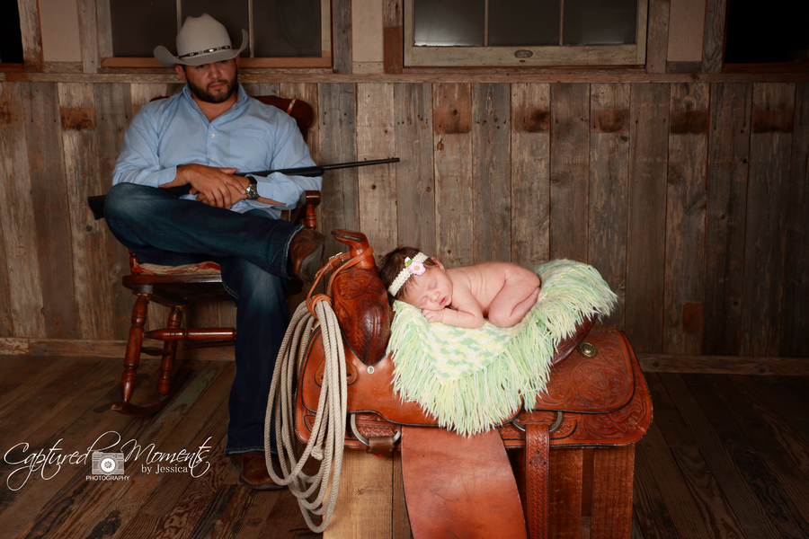 : Bellies & Babies : Captured Moments by Jessica